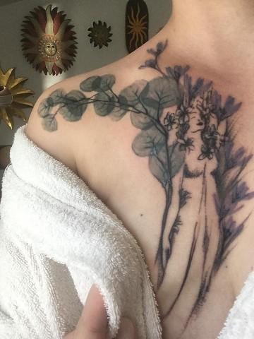 parentesi tumore e tatuaggio