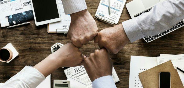 diagnoci di tumore e importanza di solidarietà al lavoro